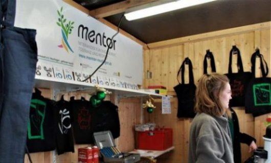 MENTOR-Weihnachtsmarktstand